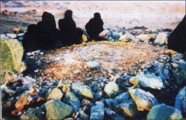 Grave of Lady Amina, pbuh