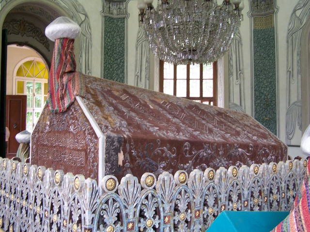 Grave of Osman Gazi, may Allah bless him, the founder of the dynasty that established and ruled the Ottoman Empire.